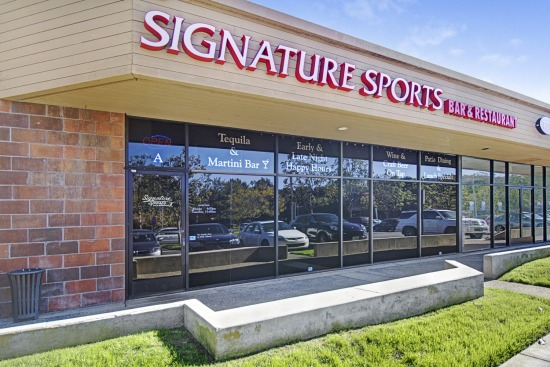 Signature Sports Bar And Restaurant