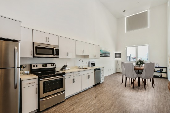 virtual staging - 215 N Maryland Ave