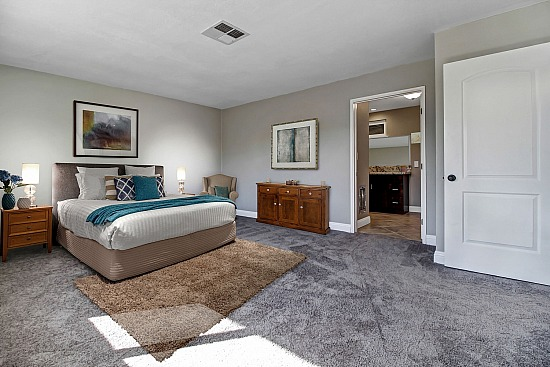 virtual staging - 17760 Sultana St