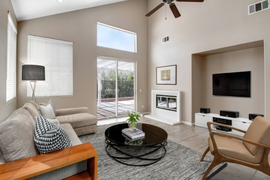 virtual staging - 36351 Bur Oaks Avenue