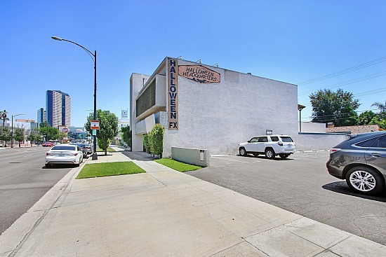 4400 And 4404 W Riverside Dr